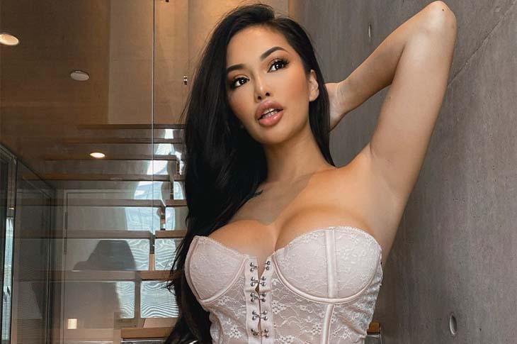 pretty filipino woman