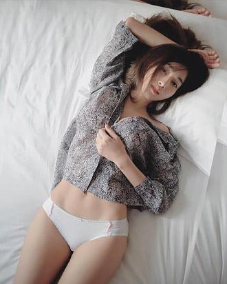 gunggingnsk beautiful thai girl
