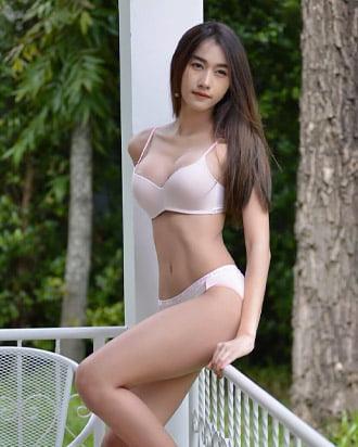 gunggingnsk pretty thai girl