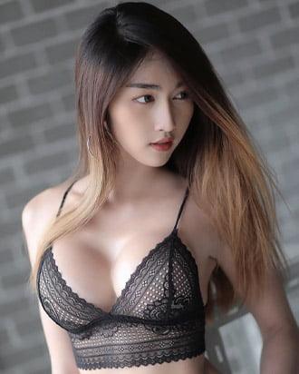gunggingnsk pretty thai woman