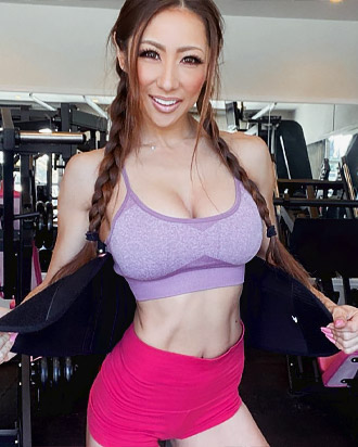 mana amanda pretty japanese girl