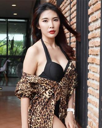 nichapa jungsiripaiboon beautiful thai woman